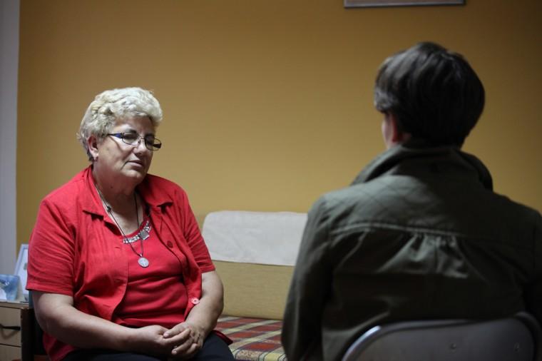 Après avoir été humiliée et violée le 18 novembre 1991, le jour de la chute de Vukovar, Ruzica Barbaric a été détenue à Sremska Mitrovica, en Serbie.