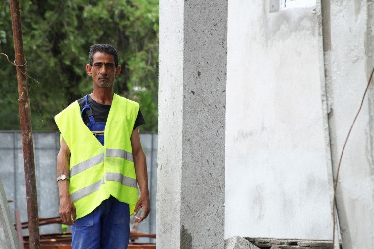 De gros chantiers ont été lancé à Harmanli cet été 2014. Les réfugiés attendent notamment l'arrivée d'internet partout dans le centre.